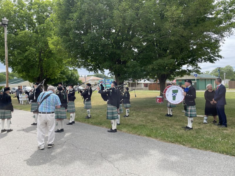 St. Andrews Pipe Band getting ready to walk in. Photo by Nick Bishop